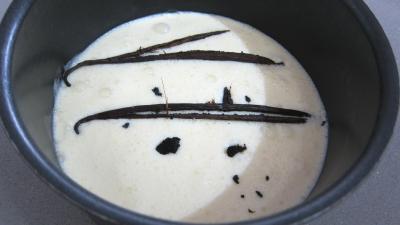 Crème anglaise aux mûres et sa meringue - 1.4