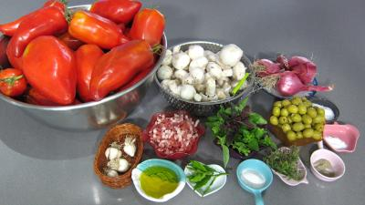 Ingrédients pour la recette : Conserves de tomates aux champignons