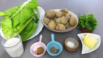 Ingrédients pour la recette : Purée de pommes de terre aux blettes