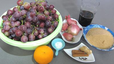 Ingrédients pour la recette : Chutney aux raisins frais