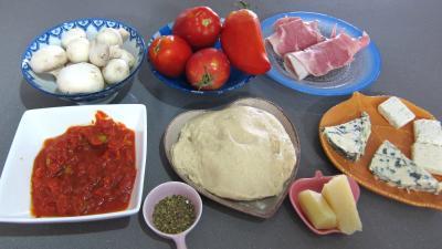 """Ingrédients pour la recette : Pizza """"Gillou"""""""