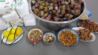 Ingrédients pour la recette : Confiture de figues aux fruits secs