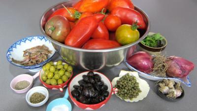 Ingrédients pour la recette : Sauce tomate Puttanesca (conserve)