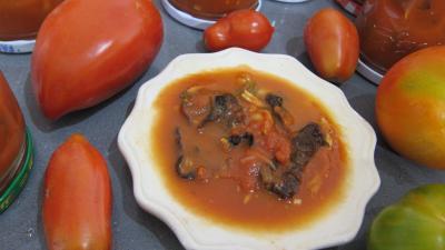 Cuisine diététique : Coupelle de sauce tomate aux champignons noirs