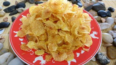 Cuisson au bain de friture : Assiette de pommes de terre gaufrettes