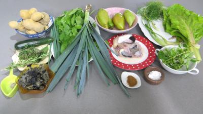 Ingrédients pour la recette : Soupe de lotte d'automne aux légumes