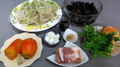 Ingrédients pour la recette : Poêlée de germes de soja