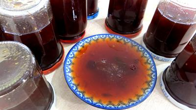 Abricot : Coupelle de confiture aux restes de sangria et fruits