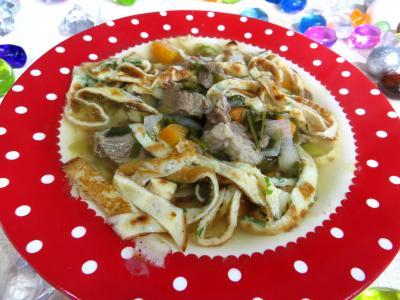 Epaule de veau : Assiette de consommé Célestine