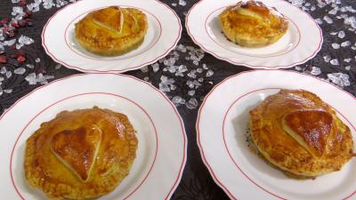 Confiture d'oignons au cognac : Assiettes de tourtelettes aux foies de volaille