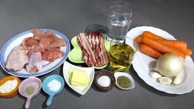 Ingrédients pour la recette : Poulet à la bourgeoise