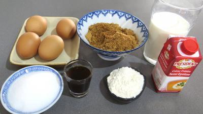 Ingrédients pour la recette : Crème pâtissière pralinée
