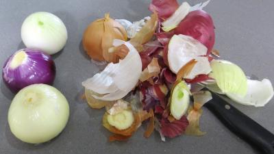 Oignons et brocolis à la vapeur - 1.2