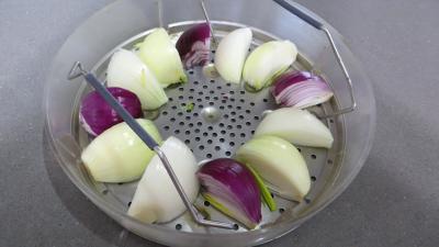 Oignons et brocolis à la vapeur - 2.1