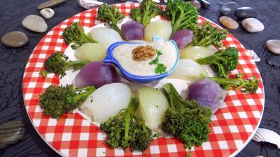 Recette Assiette d'oignons et brocolis à la vapeur