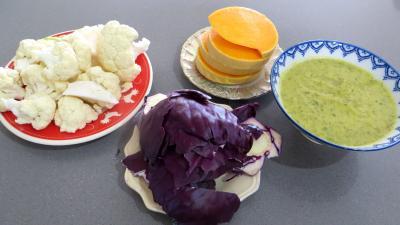 Ingrédients pour la recette : Chou-fleur et légumes vapeur