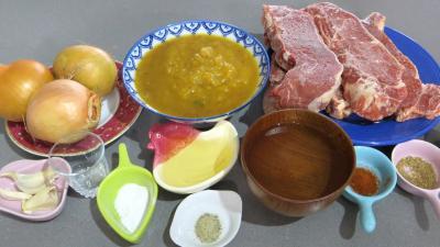Ingrédients pour la recette : Goulasch de boeuf
