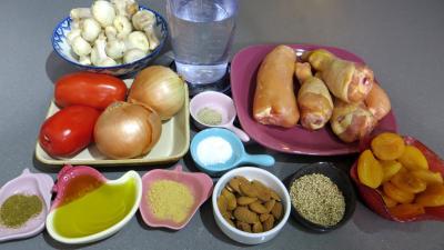 Ingrédients pour la recette : Tajine de poulet aux abricots secs