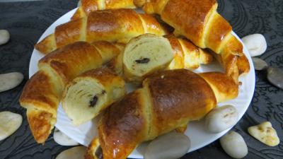 Croissants variés et chocolat - 11.2