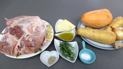 Ingrédients pour la recette : Epaule d'agneau au romarin