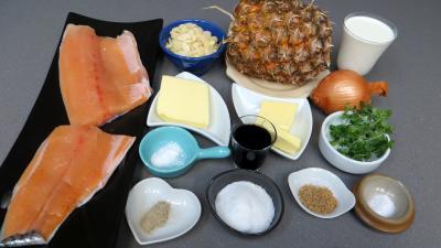 Ingrédients pour la recette : Filets de truite aux amandes et ananas