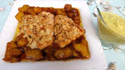 Amande effilée : Assiette de filets de truite aux amandes et ananas