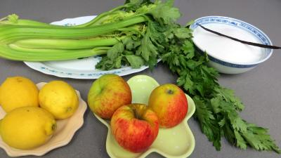 Ingrédients pour la recette : Gelée de céleri-branche