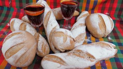 Pains & pâtes : Baguettes et miches à la sangria