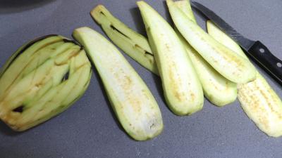 Aubergines panées aux amandes - 3.1