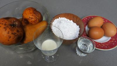 Ingrédients pour la recette : Tartelettes à la mousse aux poires