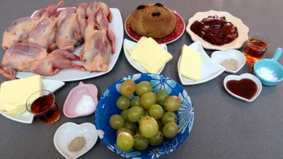 Ingrédients pour la recette : Cailles aux raisins