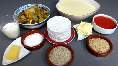 Ingrédients pour la recette : Cassolettes de crêpes fourrées au camembert