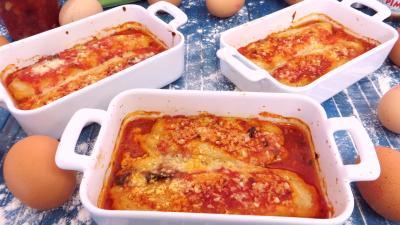 quenelles : Cassolettes de quenelles natures à la sauce bolognaise