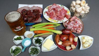 Ingrédients pour la recette : Carbonnade de lièvre et lapin revisitée