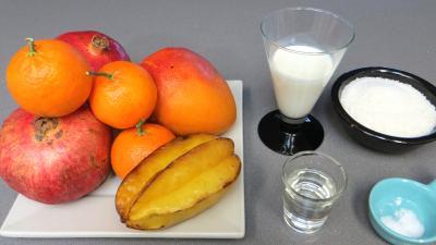 Ingrédients pour la recette : Cocktail à la grenade