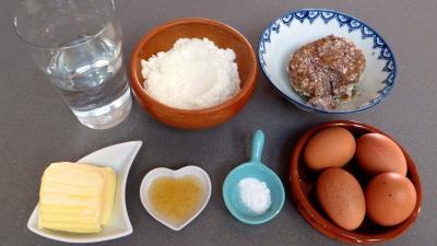 Ingrédients pour la recette : Carolines aux rillettes de porc