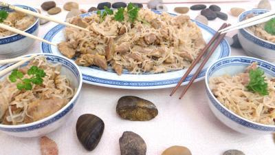 vin blanc : Bols d'agneau au vermicelle de riz