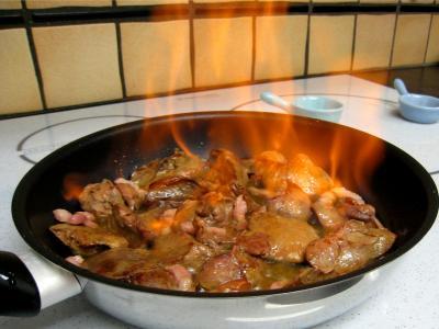 Salade de mâche aux foies de volaille et aux pommes - 11.2
