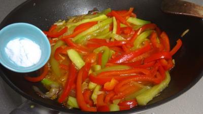 Sauté de concombre et poivrons à la chinoise - 5.4