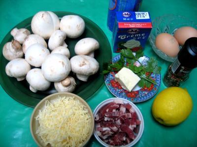 Ingrédients pour la recette : Dômes de champignons et son coulis