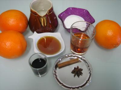 Ingrédients pour la recette : Grog à l'orange et aux épices
