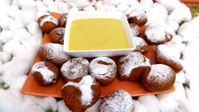 beignets sucrés : Assiette de callas