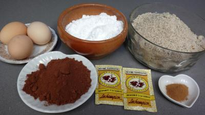 Ingrédients pour la recette : Sapins aux amandes et cacao (sablés)