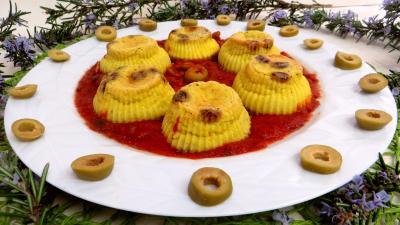 Sauce tomates aux olives : FLans au cheddar