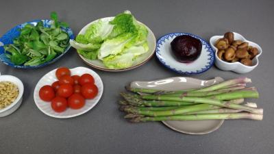 Ingrédients pour la recette : Salade de châtaignes