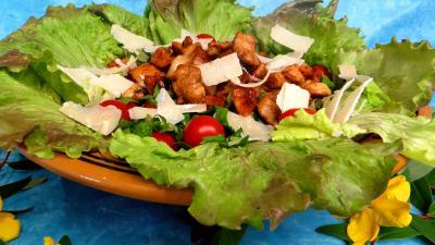 Salade aux blancs de poulet - 9.3