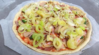 Pizza aux restes de charcuterie - 5.4