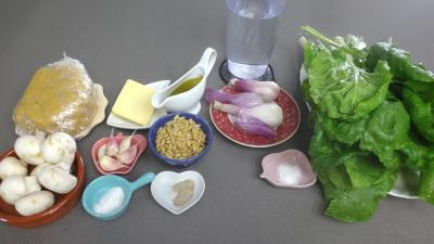 Ingrédients pour la recette : Tagliatelles fraîches aux blettes