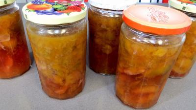 Recette Compote de prunes à la sangria
