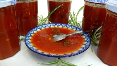 sauce pour pâtes : Coupelle de sauce tomate aux coeurs de carnard